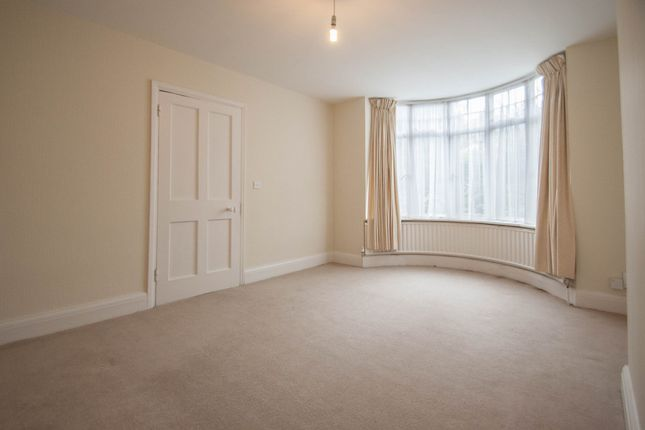 Thumbnail Semi-detached house to rent in Ware Road, Hertford