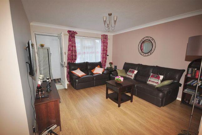 1 bed maisonette for sale in Davies Close, Croydon, Surrey