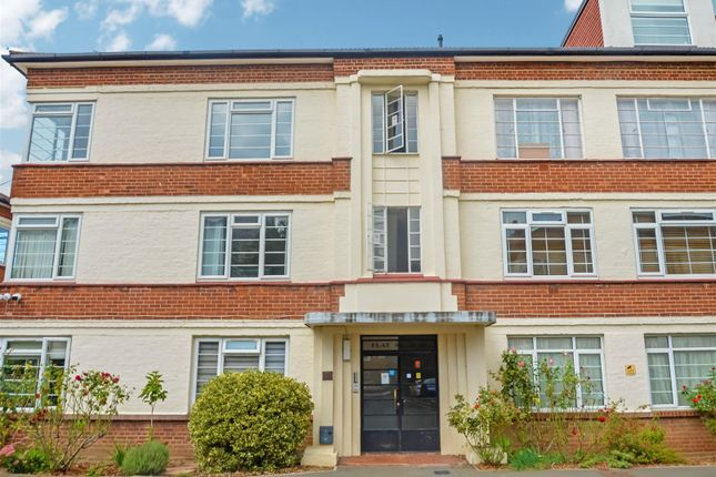 Thumbnail Flat to rent in Manor Vale, Boston Manor Road, Brentford