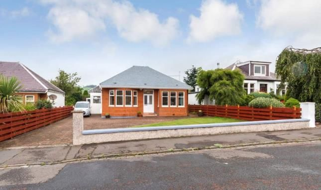 Thumbnail Bungalow for sale in Burnside Road, Largs, North Ayrshire, Scotland