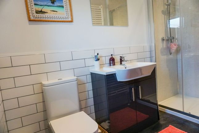 Master En-Suite of Peterkin Place, Lossiemouth IV31