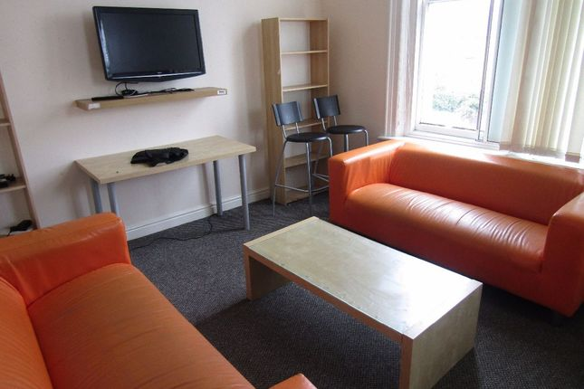 Thumbnail Flat to rent in Spekeland Road, Liverpool
