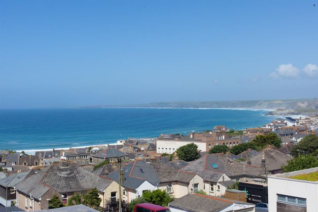 Thumbnail Town house for sale in St. Georges Road, Newquay