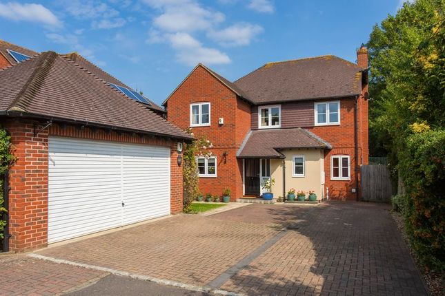 Thumbnail Detached house for sale in Canal Court, Wantage