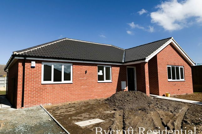 Thumbnail Detached bungalow for sale in Beach Road, Hemsby, Great Yarmouth