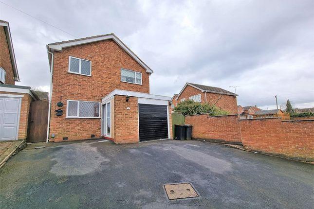 5 bed detached house for sale in Mendip Drive, Church Farm, Nuneaton CV10