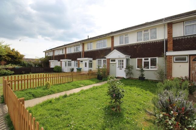 Thumbnail Terraced house to rent in Wheatcroft, Wick, Littlehampton