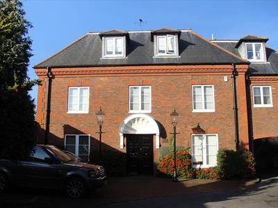 Thumbnail Office to let in Scammell House, High Street, Ascot