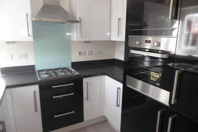 Thumbnail Semi-detached house to rent in Waltho Street, Wolverhampton