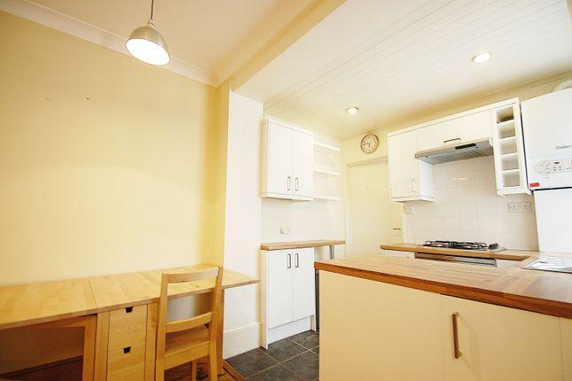 Thumbnail Flat to rent in Fernside Road, Balham