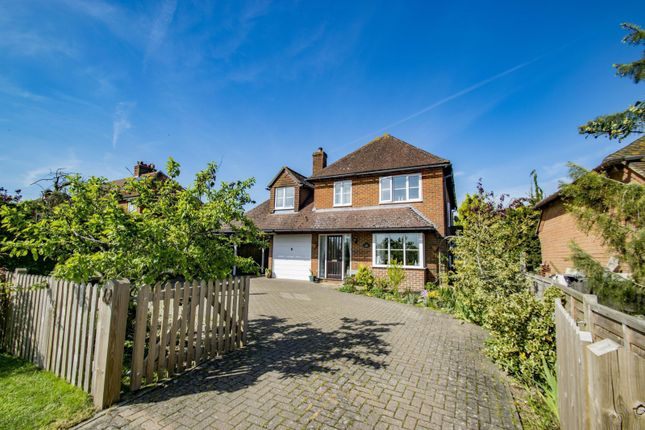 Thumbnail Detached house for sale in Westridge Green, Streatley