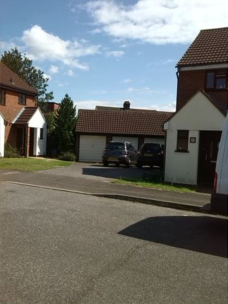 Thumbnail Semi-detached house to rent in Bronte Close, Gants Hill, Ilford