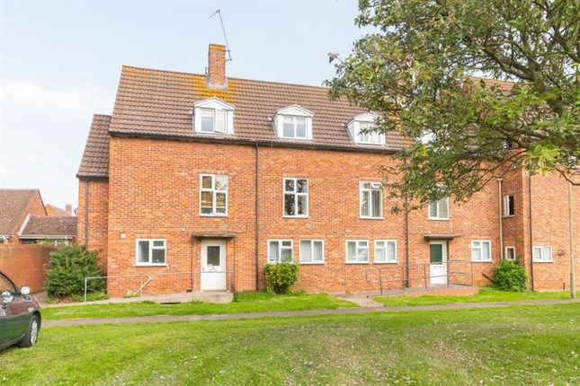 Thumbnail Flat for sale in Finmore Close, Abingdon