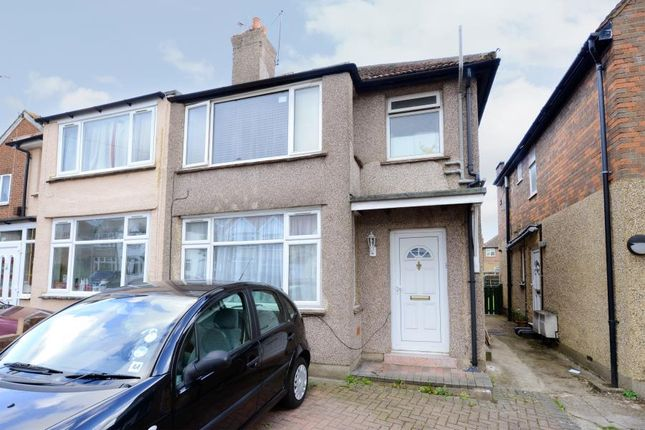Thumbnail Flat to rent in Beresford Avenue, Hanwell