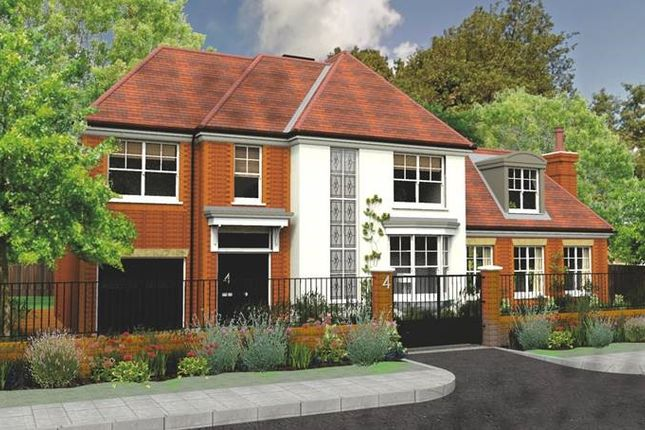 5 bed detached house for sale in Denleigh Gardensq, Winchmore Hill