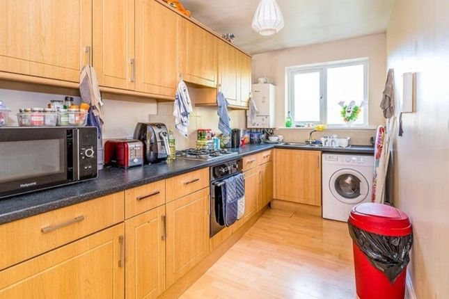 Flat to rent in Sirdar Road, Southampton
