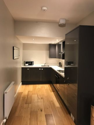 Thumbnail Flat to rent in George Street, City Centre, Edinburgh