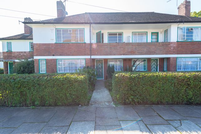 Thumbnail Flat to rent in Denison Close, Hampstead Garden Suburb