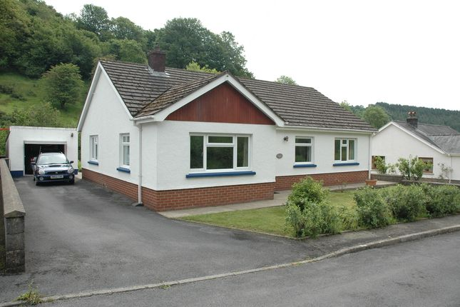 Thumbnail Detached bungalow to rent in Cwmduad, Carmarthen