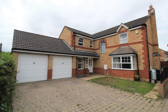 Thumbnail Detached house for sale in Wingfield Drive, Potton, Sandy