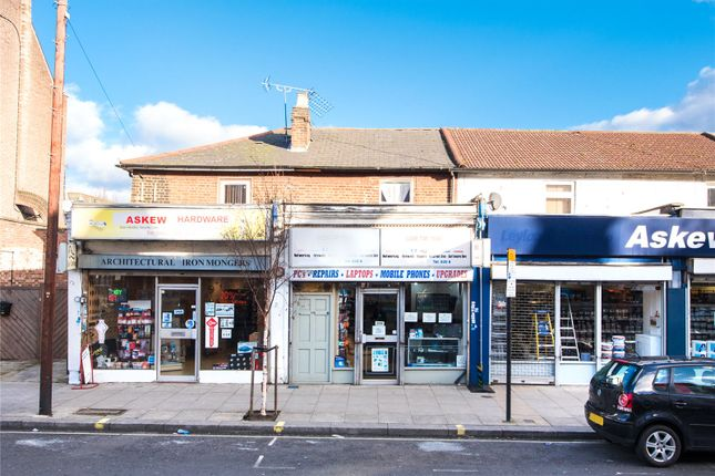 Thumbnail Flat for sale in Askew Road, London