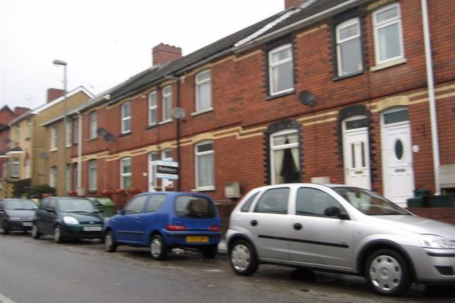 3 bed property to rent in Risca Road, Cross Keys, Newport NP11