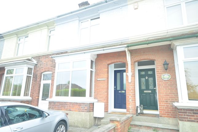 Thumbnail Cottage to rent in Wrotham Road, Meopham, Gravesend