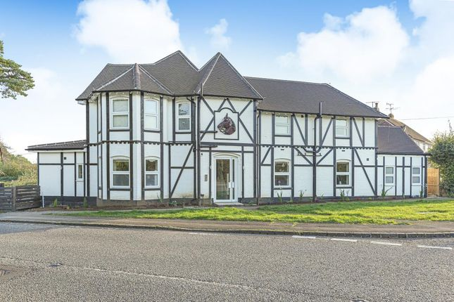 2 bed flat to rent in Stockcross, Berkshire RG20