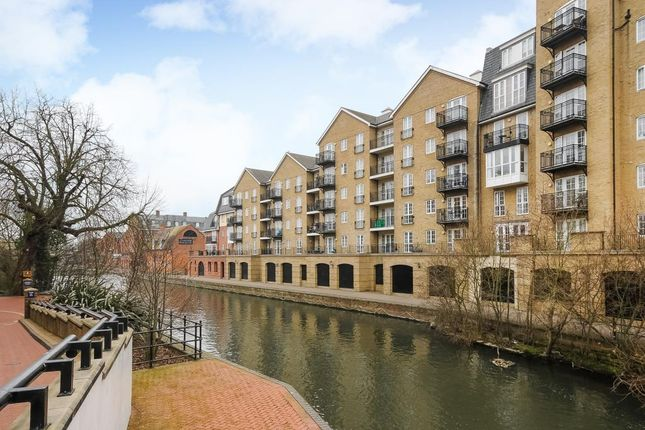 Thumbnail Flat to rent in Riverside House, Reading