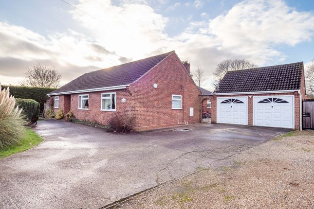 Thumbnail Detached bungalow for sale in Willow Close, Mattishall, Dereham