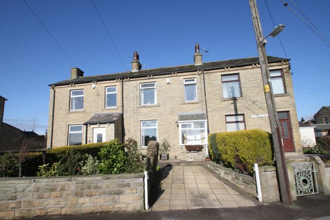 Thumbnail Mews house for sale in Peep Green Road, Liversedge