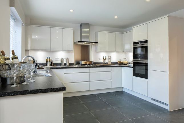 Thumbnail Detached house for sale in Shopwhyke Road, Chichester