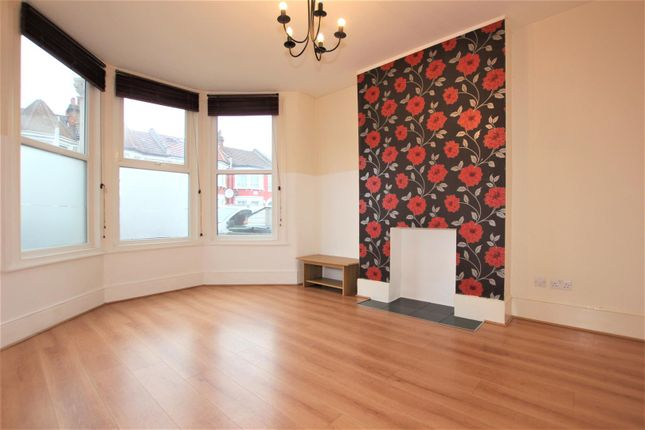 Thumbnail Property to rent in Whymark Avenue, London