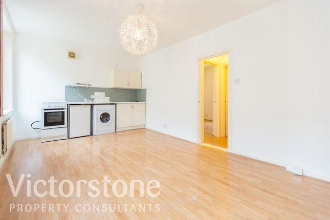1 bed flat to rent in Whitecross Street, Clerkenwell, London EC1Y