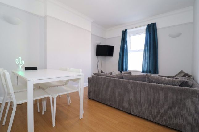 3 bed flat to rent in Northcote Street, Roath, Cardiff CF24