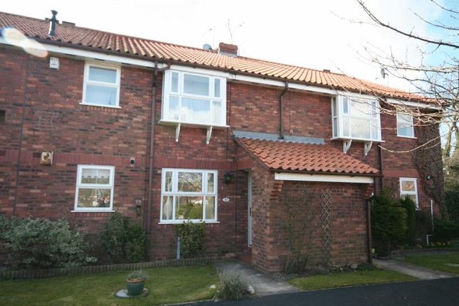 Thumbnail Flat to rent in Minster Avenue, Beverley
