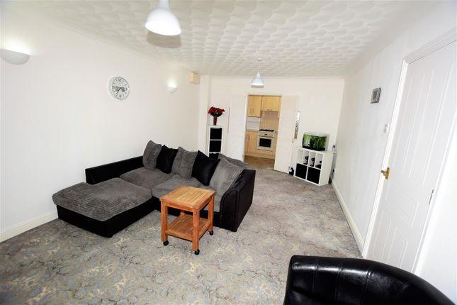 Lounge of Crossways Street, Barry CF63