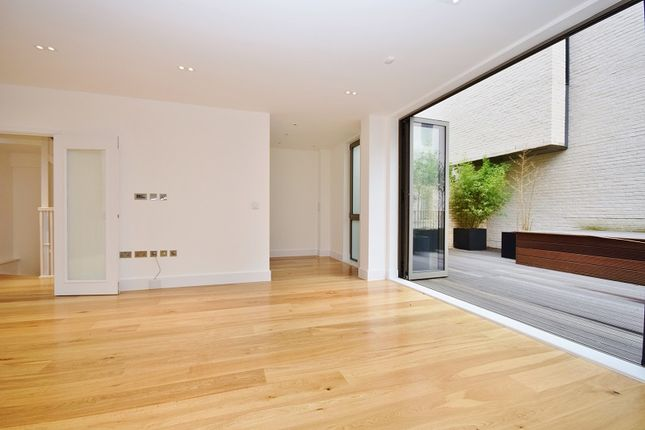Thumbnail Terraced house to rent in Portobello Square, Ladbroke Grove
