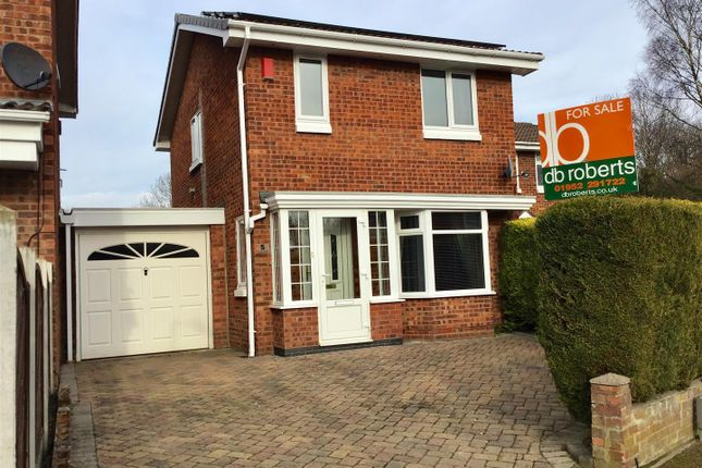 Thumbnail Property for sale in Pasmore Close, Telford