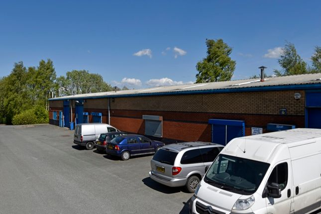 Light industrial to let in Railway Road Industrial Estate, Darwen