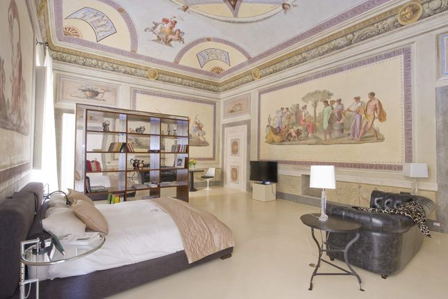 3 bed apartment for sale in Florence, Italy