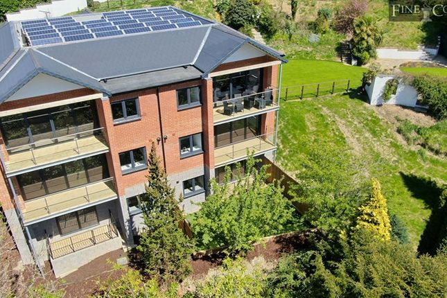 Thumbnail Flat for sale in Valley Heights, The Mount, Warlingham, Surrey