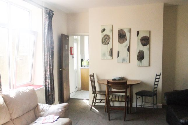 Thumbnail Shared accommodation to rent in 38 Ernald Place, Swansea