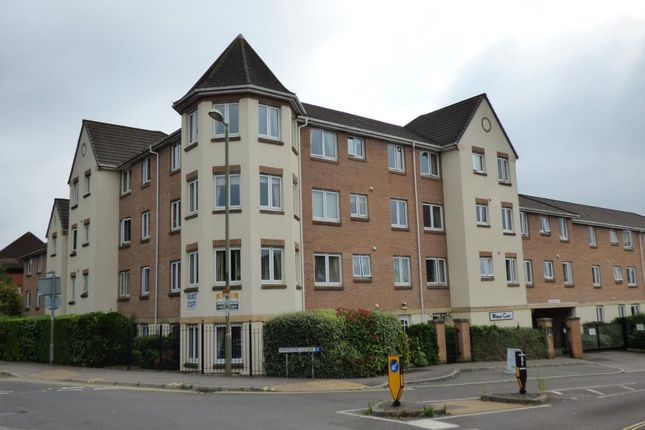 Thumbnail Property for sale in Wilmot Court 76-84 Victoria Ro, Farnborough