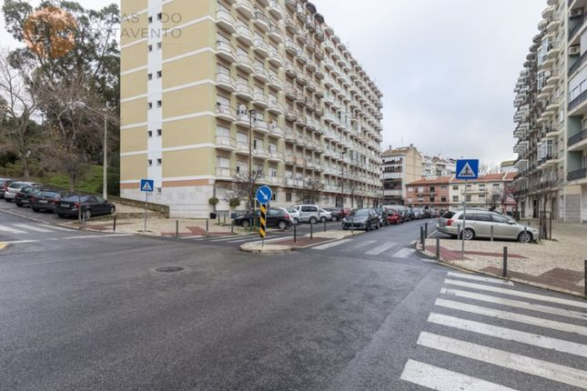 Thumbnail Apartment for sale in Benfica, Lisboa, Lisboa