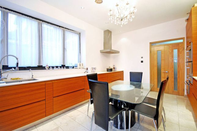 Thumbnail Property to rent in Brondesbury Park, Brondesbury, London