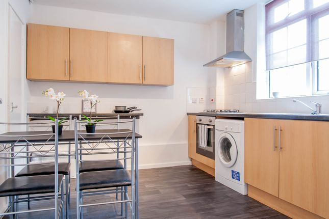 Kitchen of Desborough Close, Paddington, Central London W2