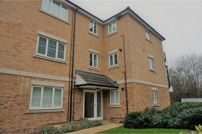 Thumbnail Flat for sale in Blenheim Square, North Weald