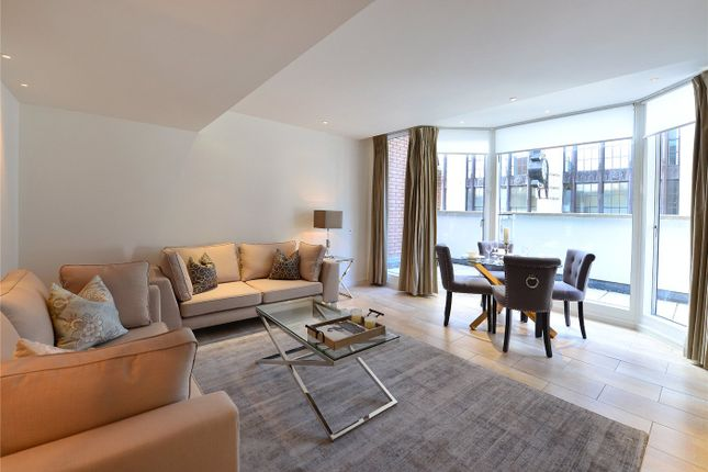 Flat to rent in Young Street, Kensington, London