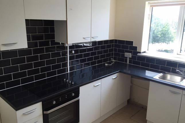 Thumbnail Flat to rent in Hillingford Way, Grantham